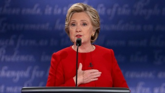 Hillary Clinton Pushes for Millennial Votes