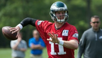 Carson Wentz Has Surgery on Torn Left ACL, Report Says