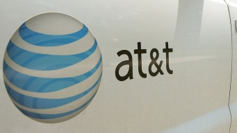 DNC Partners With AT&T, Philly Benefits