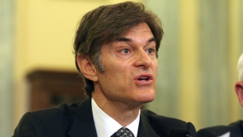 Group of Doctors Wants Dr. Oz Fired From Columbia