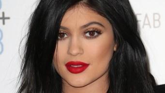 Kylie Jenner Responds to #KylieJennerLipChallenge