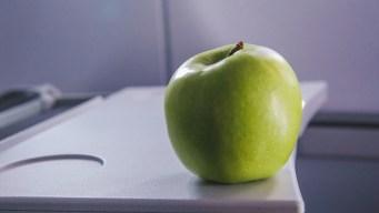 Customs Fines Airline Passenger $500 Over Free In-Flight Apple