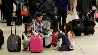 Travel Industry Fears Damage From a Long Shutdown