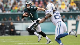 Defense Holds Up, Eagles Beat Colts in Wentz's Return
