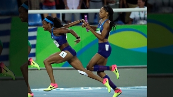 Allyson Felix Gave English Gardner Her Shoes Before Win