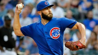 Phillies Agree to Multi-Year Deal With Jake Arrieta