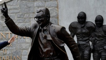 Ex-Penn State Footballers Want Joe Paterno Statue Back