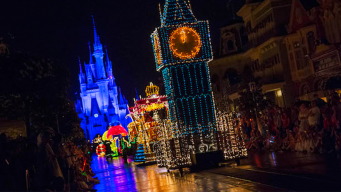 Disney World Pulling Plug On Famed Electrical Parade