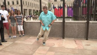 'Tonight': Dads Compete in World of Dad Dance Contest