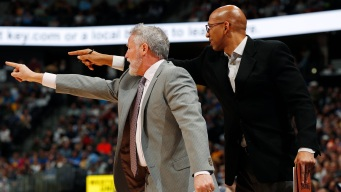Sixers Assistant Williams Leaving to Coach Suns, Report Says