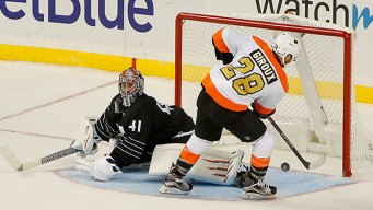 Flyers Make It 7 Straight With Thrilling Win