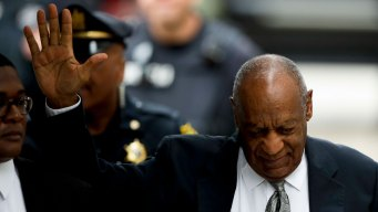 Cosby's Lawyer Wants to Withdraw From Case Ahead of Retrial