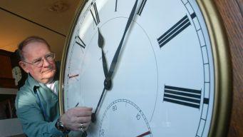 Daylight Saving Time Ends Sunday, Change Your Clocks Back