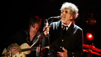 Bob Dylan's Back Pages