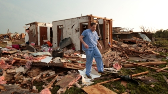 Tornado Victims Face Wreckage as Cleanup Gets Underway