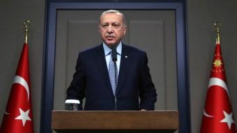 Erdogan Warns Kurds to Retreat Before Cease-Fire Ends