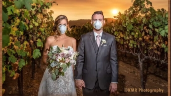 Smoky Wedding Photo in San Francisco Wine Country Goes Viral