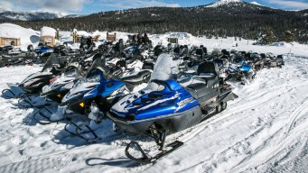 10 Snowmobilers Die in Thinly Frozen Lakes in Mild Northeast