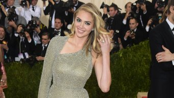 Kate Upton Engaged to MLB Pitcher, Shows Off Ring