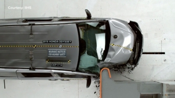 Honda Odyssey Tops Minivan Crash Test List