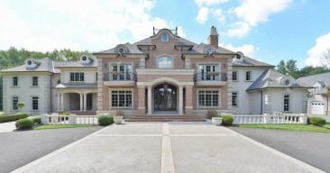 Look Inside Jon Runyan's Former $5.2M New Jersey Estate