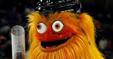 Guest of Honor: Gritty Crashes Philadelphia Wedding