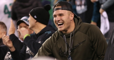Phillies Fans Keep Asking Mike Trout to Come to Philadelphia