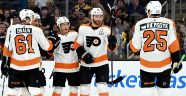 Travis Konecny Scores Flyers' First Goal of 2019-20 Season in NHL Global Series