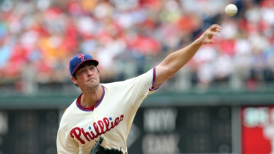 Hamels Talks Heating Up