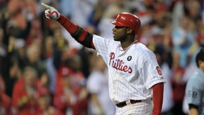 Howard Returns to Phillies