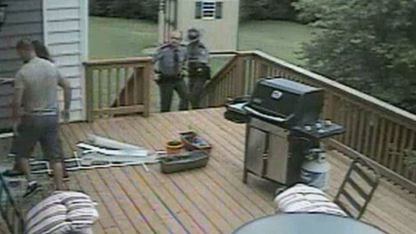 Woman Claims State Troopers Watched Home Break-In and Did Nothing