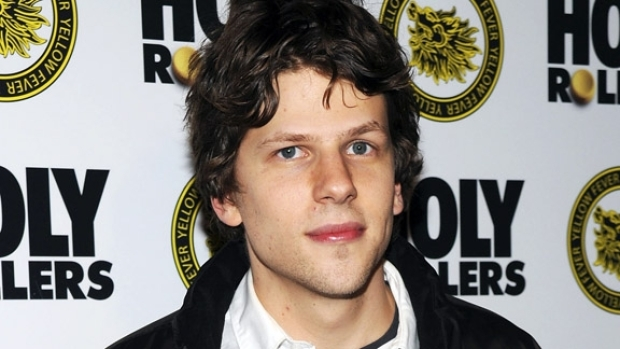 "[FREEL] ""The Social Network"" Star Jesse Eisenberg: I Don't Use Facebook"