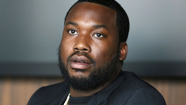 [PHI] Philly Rapper Meek Mill Gets New Trial