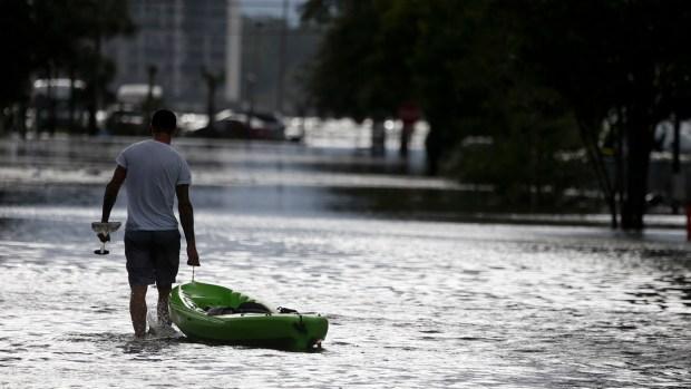 Hurricane Katia slams into Mexico's Veracruz state