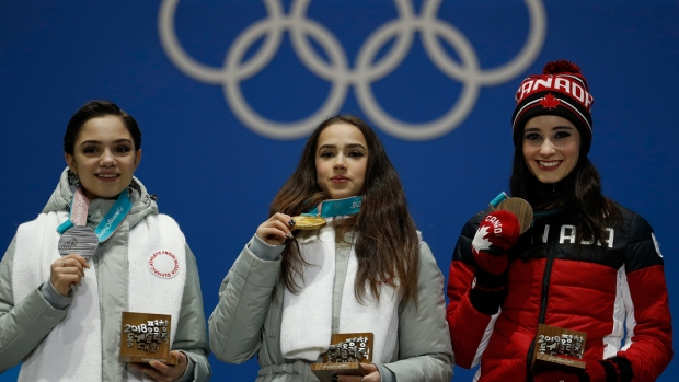 [NATL] Feb. 23 Olympics Highlights in Photos: Russian Skaters Fight for Gold, Canada Brings Home First Women's Medal Since 2010