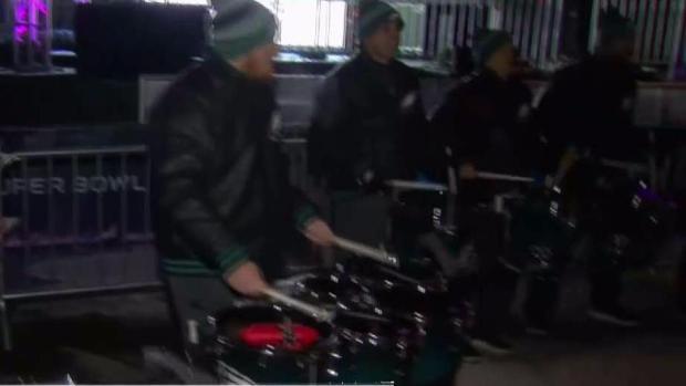 [PHI] Eagles Drumline Hits Minnesota