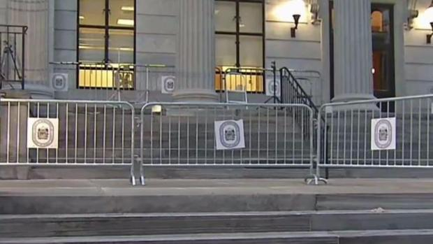 [PHI] Extra Security Outside Cosby Courthouse