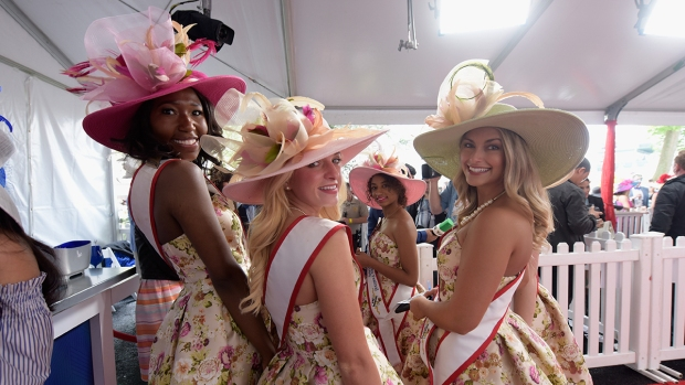 [NATL]Feathers, Hats and Horses: Crazy Fashion of the Kentucky Derby