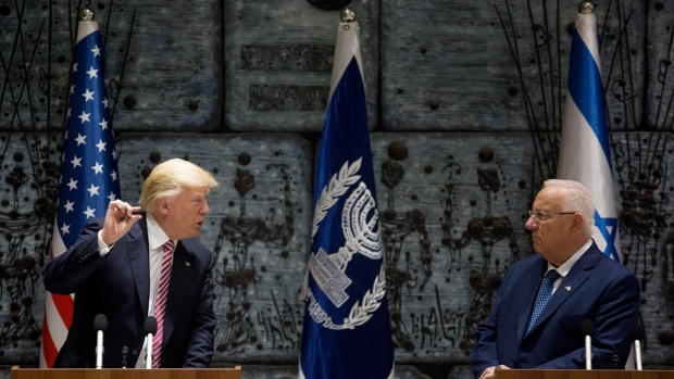 Trump flies to Israel amid concerns over US-Saudi arms deal