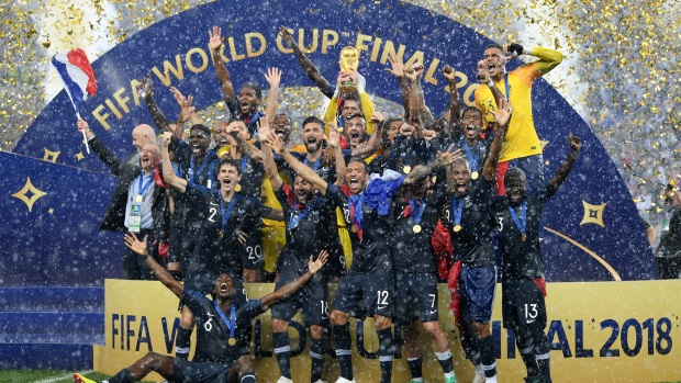 Top Sports: France Defeats Croatia 4-2 in World Cup Final