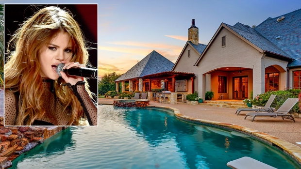 [NATL-DFW]Selena Gomez Selling Fort Worth Home