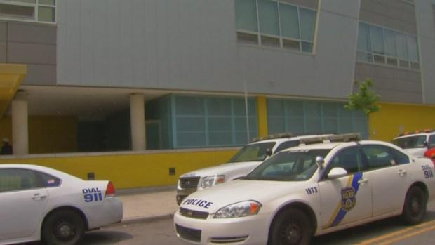 [PHI] Girl Brings Heroin to School: Police