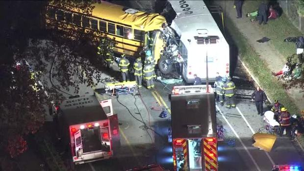 [NATL] Raw: School Bus Crash in Baltimore