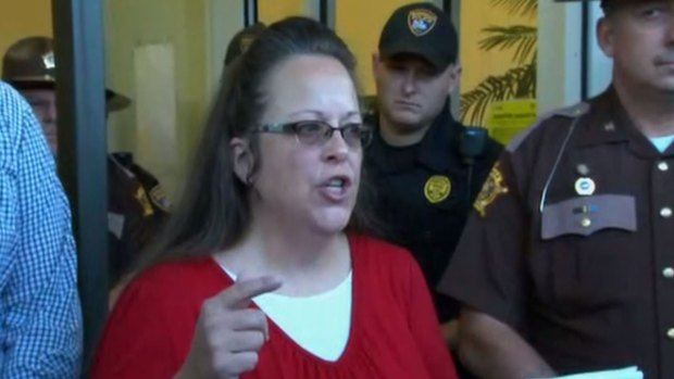 [NATL] Kentucky Clerk Says She Won't Issue Same-Sex Marriage Licenses