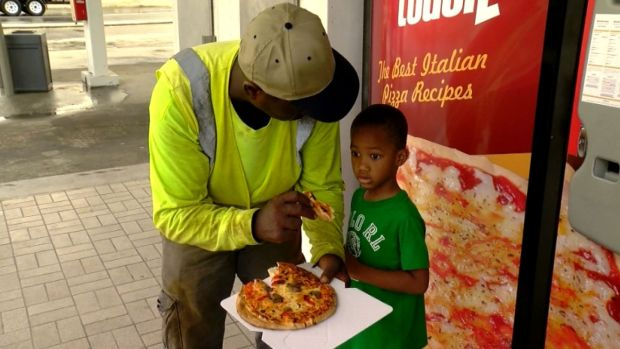 [NATL-DFW] Pizza Vending Machine