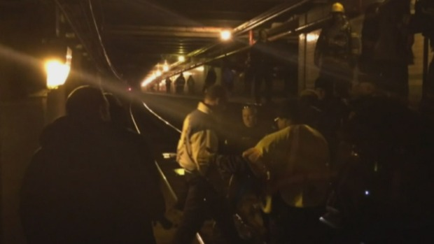 [PHI] Rush Hour Chaos On PATCO As Smoke Fills Cars