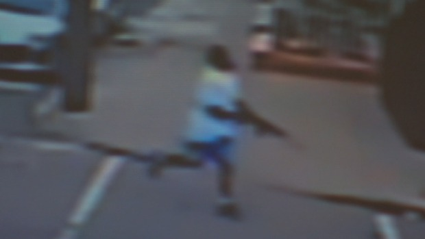 [PHI] Caught on Cam: Suspect in Fatal Triple Shooting Chases Victims
