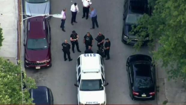 [PHI] Philadelphia Police Officer Shot in Germantown