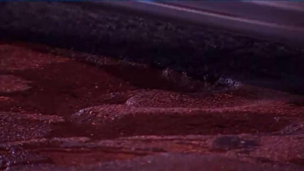 [PHI] Pothole Problems on Lincoln Drive