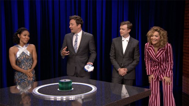 [NATL] 'Tonight': Catchphrase With Jada Pinkett Smith, Dane DeHaan, Rita Ora